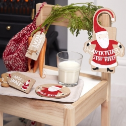 Ginger Ray Santa & Friends Wooden Santa Is Coming Xmas Eve Kit