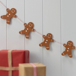 Ginger Ray Wooden Gingerbread Bunting